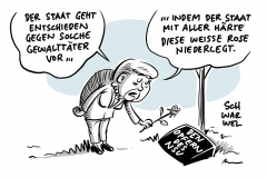 Gedenken an NSU-Getötete: Merkel legt Rose für Opfer rechten Terrors nieder