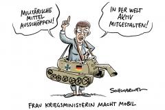 Grundsatzrede zur Verteidigungspolitik: Kramp-Karrenbauer hinterfragt den Status quo