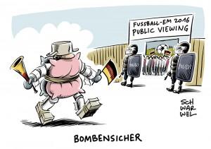 Innere Sicherheit bei Fußball-EM: Jeder vierte Deutsche will lt. Umfrage Public Viewing meiden